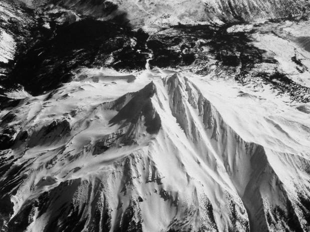 Monochrom Aerial Photography 01