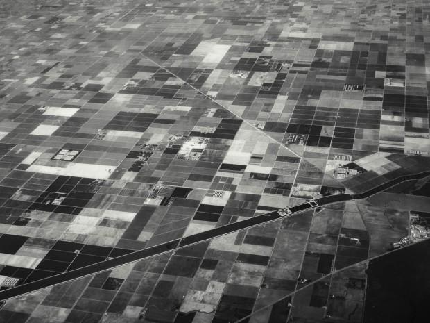 Monochrom Aerial Photography 05