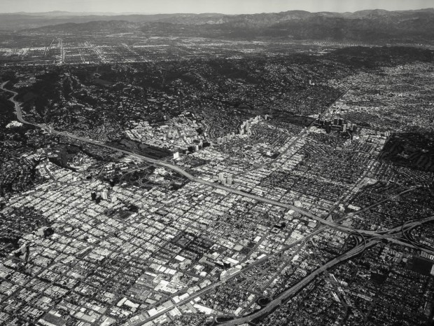 Monochrom Aerial Photography 06