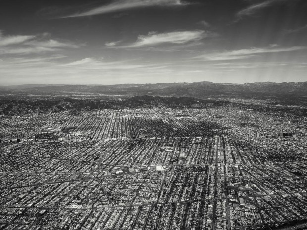 Monochrom Aerial Photography 07