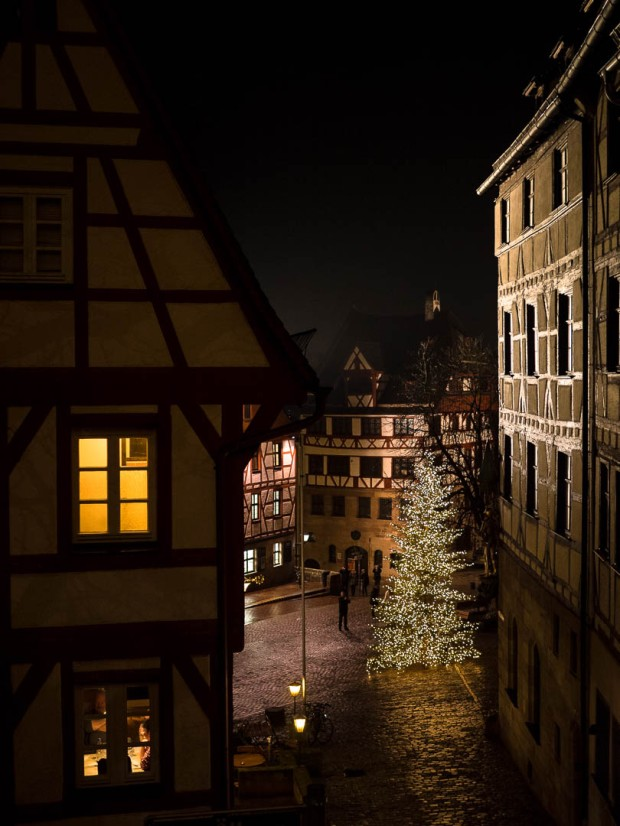 Am Ölberg | Nuremberg | 2017       1/60  @f/1.8 and ISO 1600